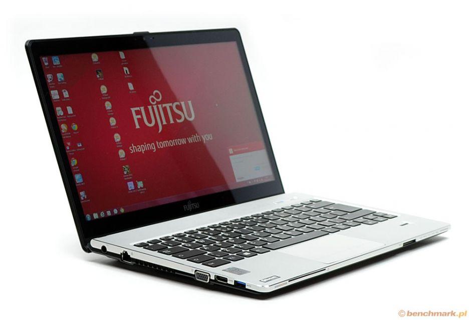 Fujitsu LifeBook S904 - mobilny i funkcjonalny   zdjęcie 2