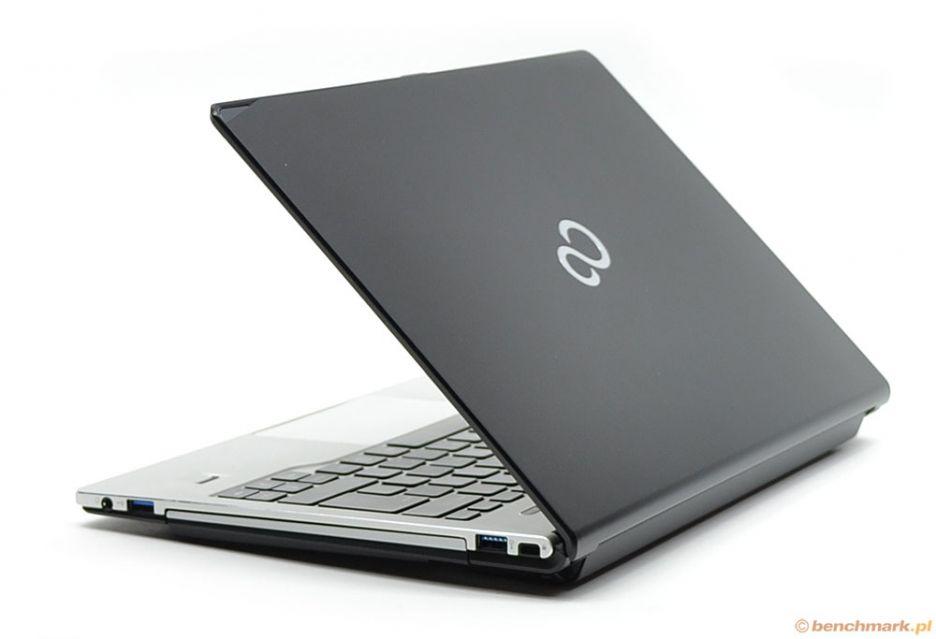Fujitsu LifeBook S904 - mobilny i funkcjonalny   zdjęcie 3