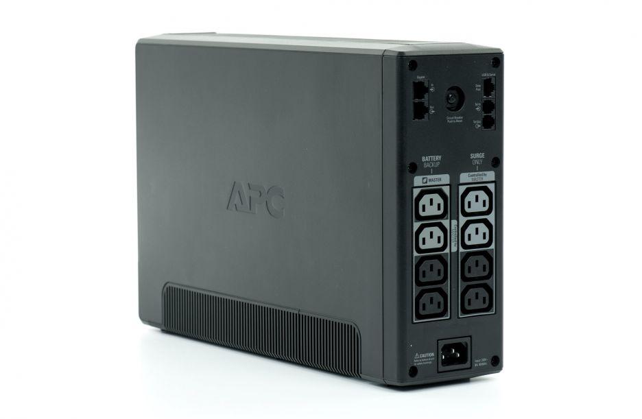 APC Back-UPS Pro 900 – zasilacz awaryjny dla mocnej stacji roboczej | zdjęcie 3