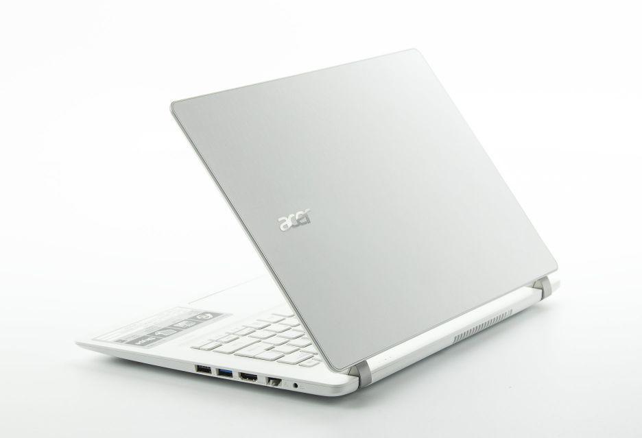 Acer Aspire V3-371-55EH - solidna klasa średnia | zdjęcie 2