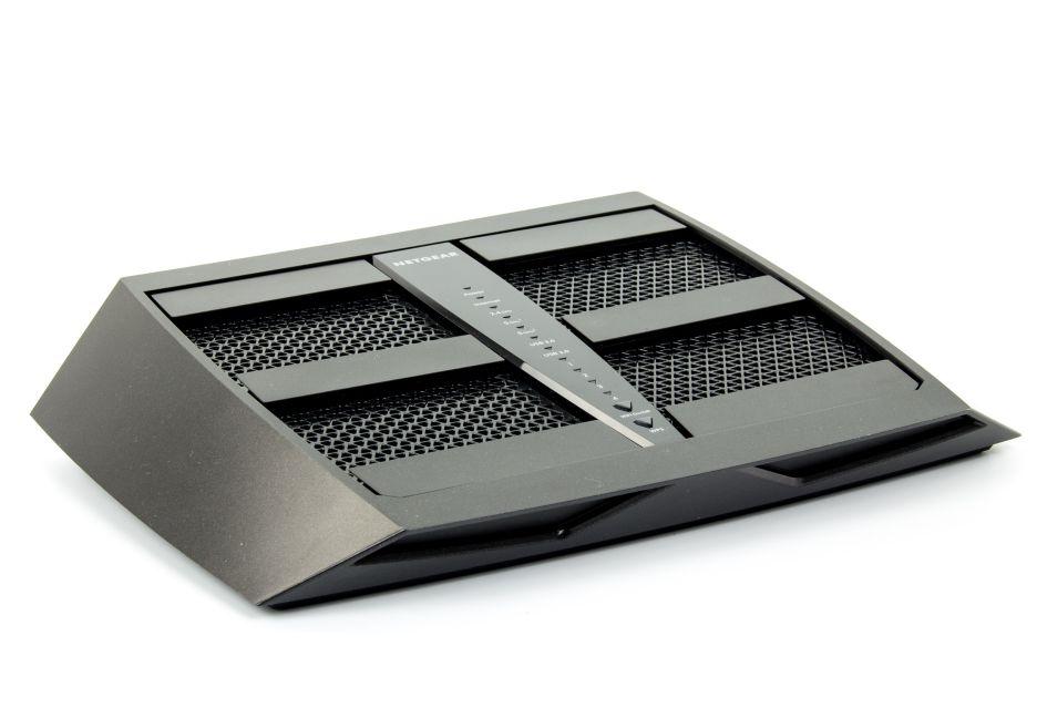 Netgear X6 Nighthawk R8000 – są powody do zazdrości  | zdjęcie 3