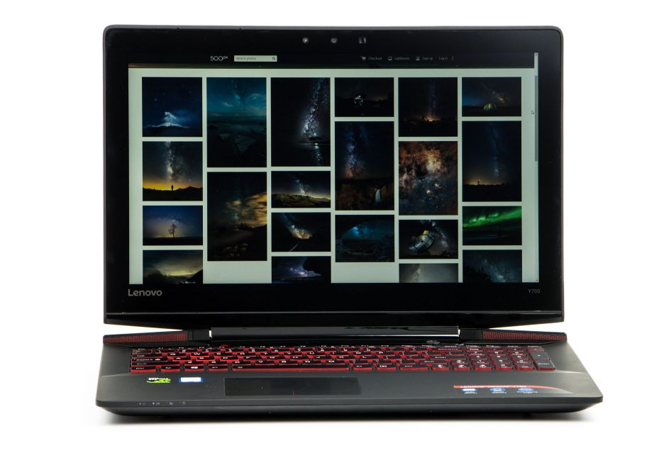 Lenovo Y700-15ISK - dobry laptop do gier   zdjęcie 1