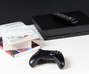 Czy warto kupić Xbox One X - 5 powodów za i 5 przeciw!