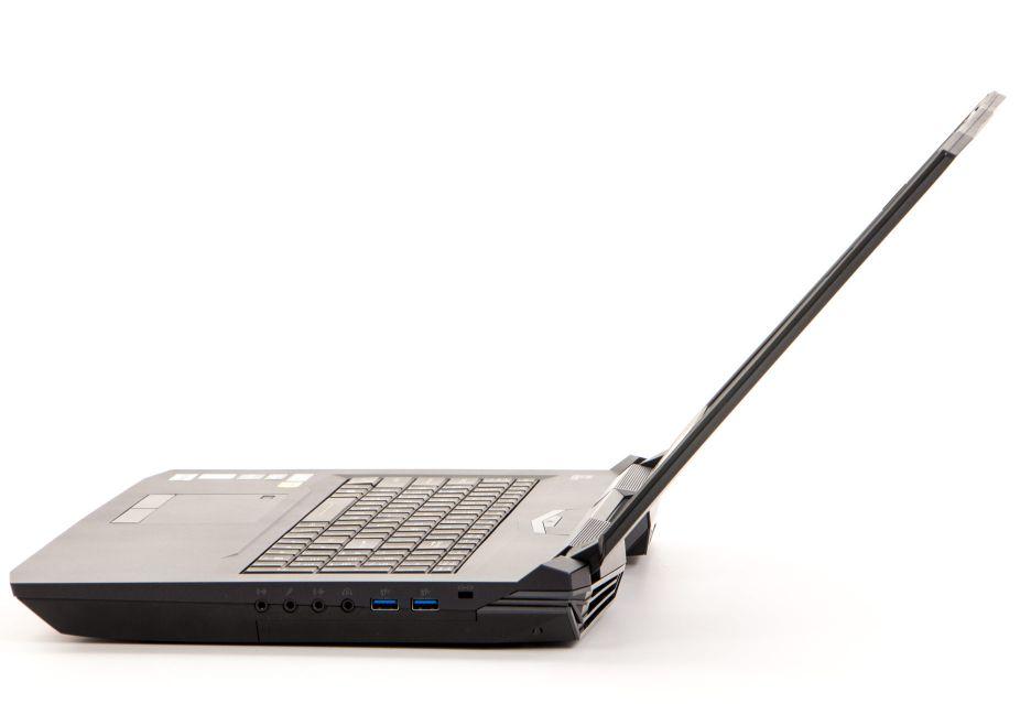 Dream Machines X1080 - wszechmocny laptop do gier | zdjęcie 5