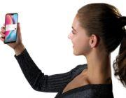 Niespodzianka, Huawei P20 Lite już w przedsprzedaży - ekran nie wszystkim się spodoba