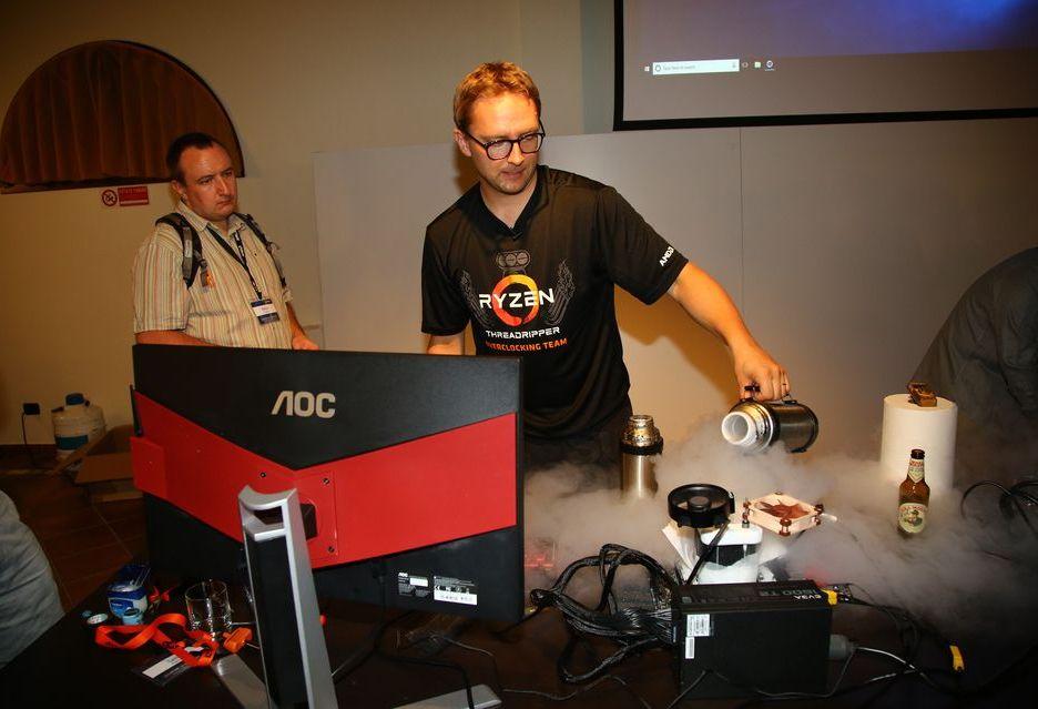 Ryzen Threadripper 2990WX - ekstremalne podkręcanie i nowy rekord w Cinebench R15 [AKT. 2]