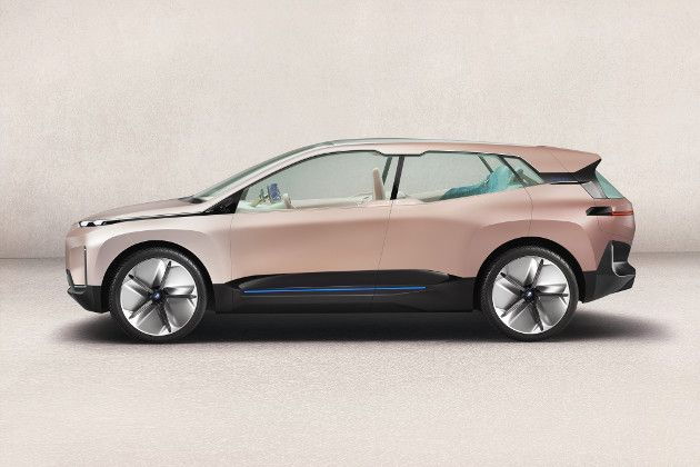 BMW Vision iNEXT bok