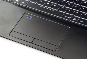 Dream Machines GS1060-15PL22 touchpad