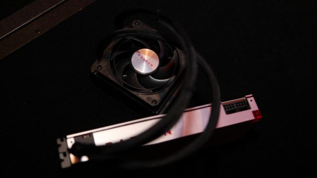 AMD Radeon RX Vega 64 - Liquid Edition