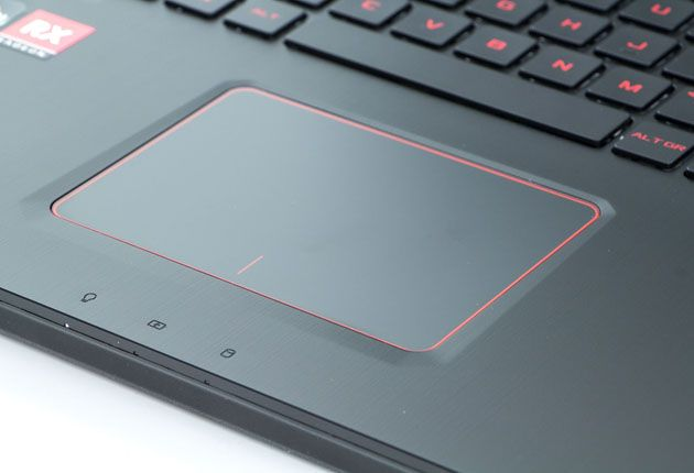 Asus ROG Strix GL702ZC touchpad