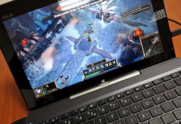 ASUS Transformer Book T100 - ultramobilny notebook i tablet w jednym | zdjęcie 4