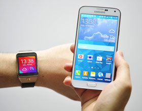 Unboxing Galaxy S5, Gear 2 oraz Gear Fit