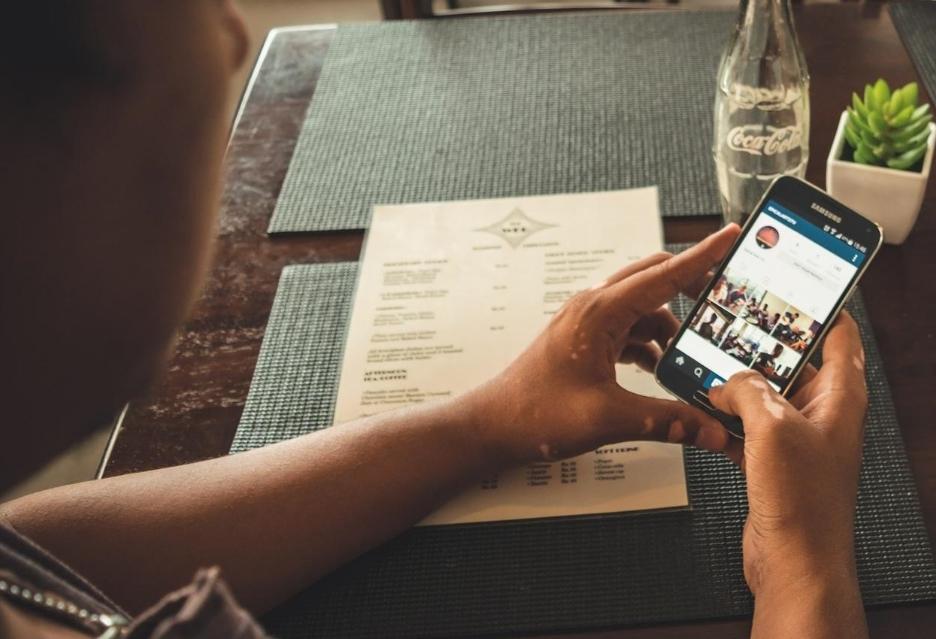 Brak synchronizacji kontaktów z Facebooka na Androidzie | zdjęcie 1