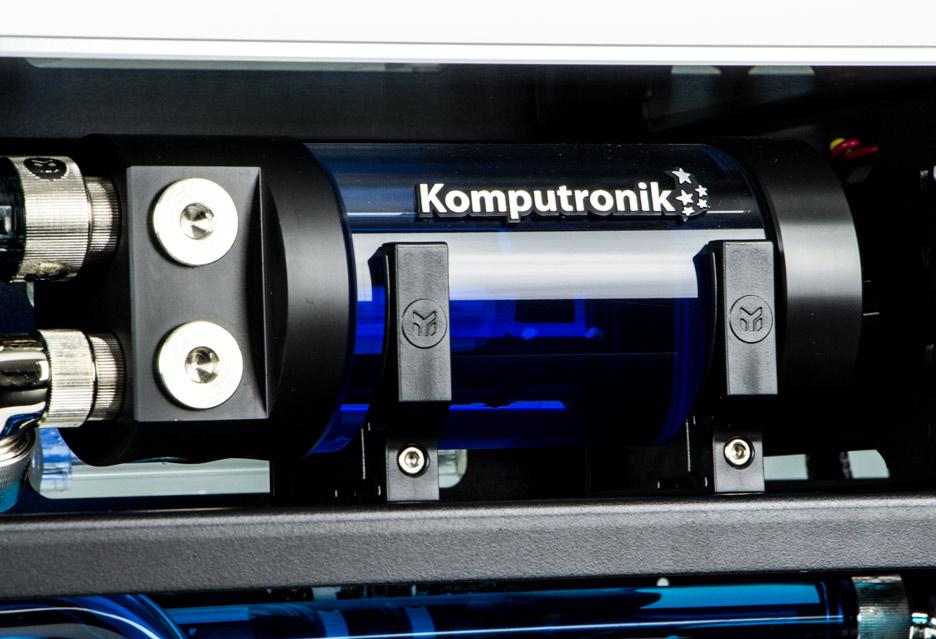 Komputronik Infinity IEM 2016 Silver - maszyna dla entuzjasty z dwoma GTX 980 Ti | zdjęcie 2
