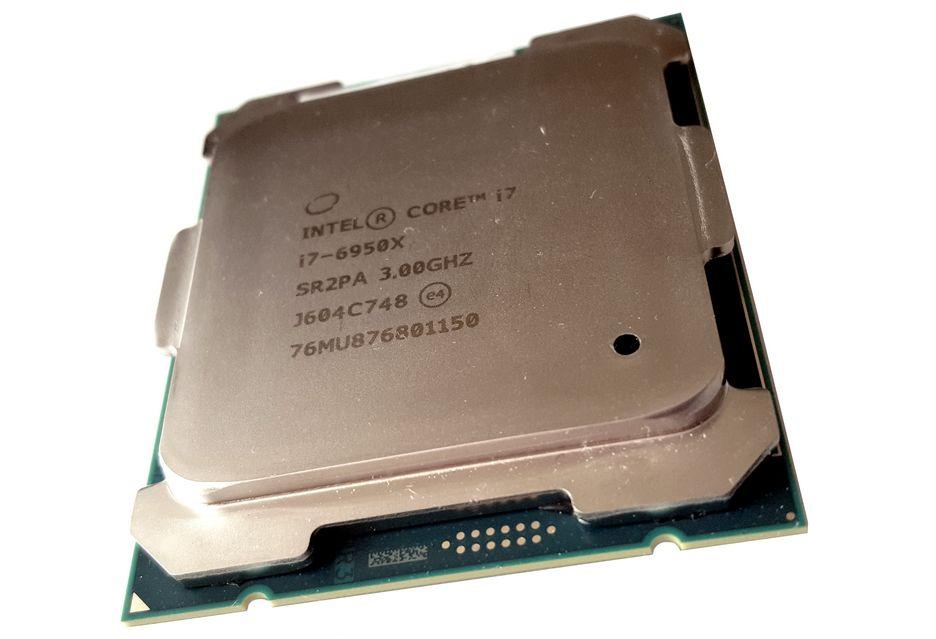 Intel Core i7 6950X - hail to the king baby! | zdjęcie 1