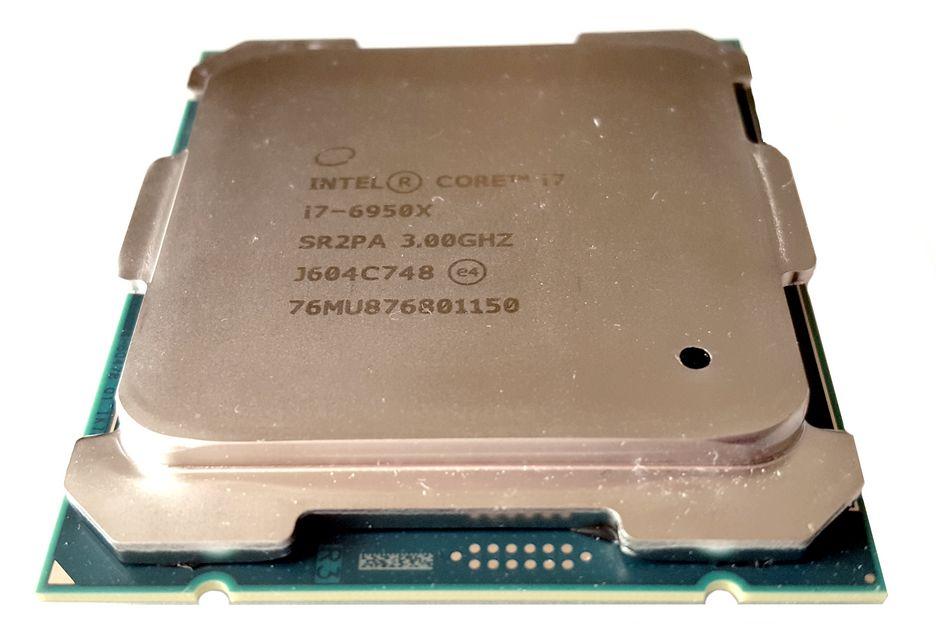 Intel Core i7 6950X - hail to the king baby! | zdjęcie 2