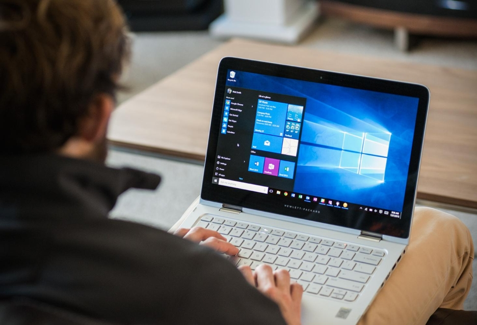 Windows 10 jednak nie takim hitem - Microsoft redukuje oczekiwania
