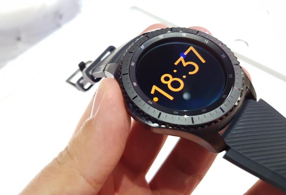 Samsung rozszerza portfolio smartwatchy - poznaliśmy Gear S3