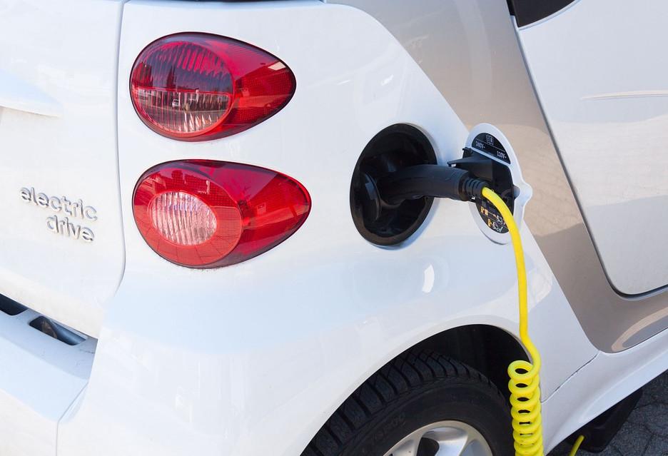 Będą robić akumulatory do aut elektrycznych pod Wrocławiem [AKT.]