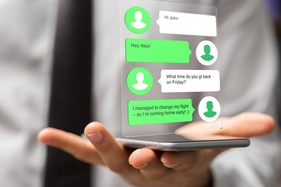 Komunikatory wykańczają SMS'y? Bzdura! | zdjęcie 1