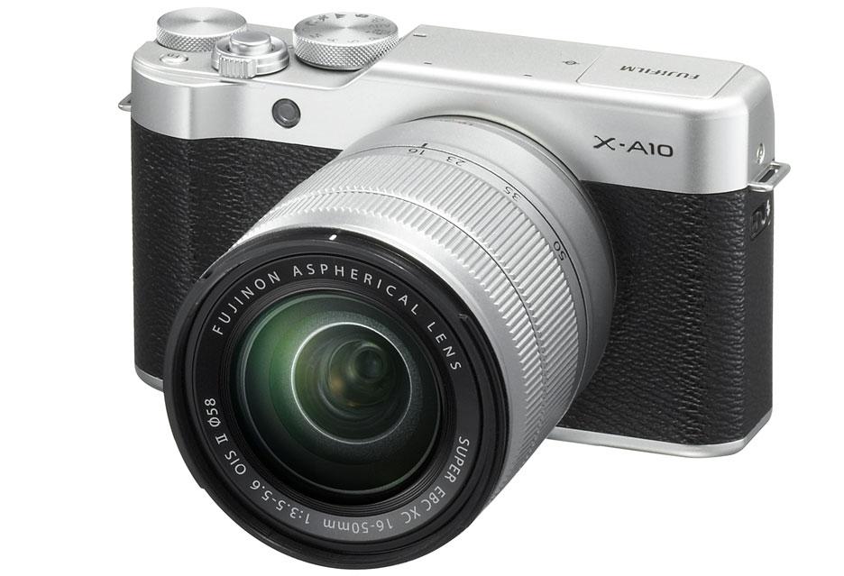 Fujifilm X-A10 - bezlusterkowiec dla selfiemaniaków raz jeszcze