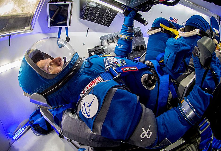 Skafander kosmiczny Boeinga - lekki i elastyczny [AKT.]
