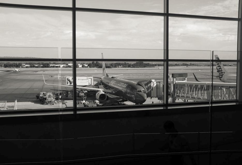 Serwer lotniska w NY był otwarty przez kilka miesięcy