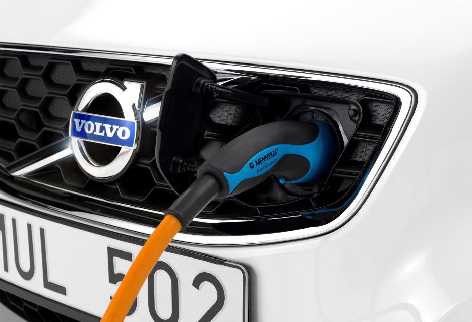 Pierwsze auto elektryczne Volvo będzie odpowiedzią na Tesla Model 3