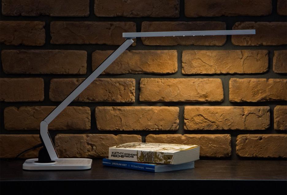 Accura Prestige - funkcjonalna i designerska lampa biurkowa | zdjęcie 2