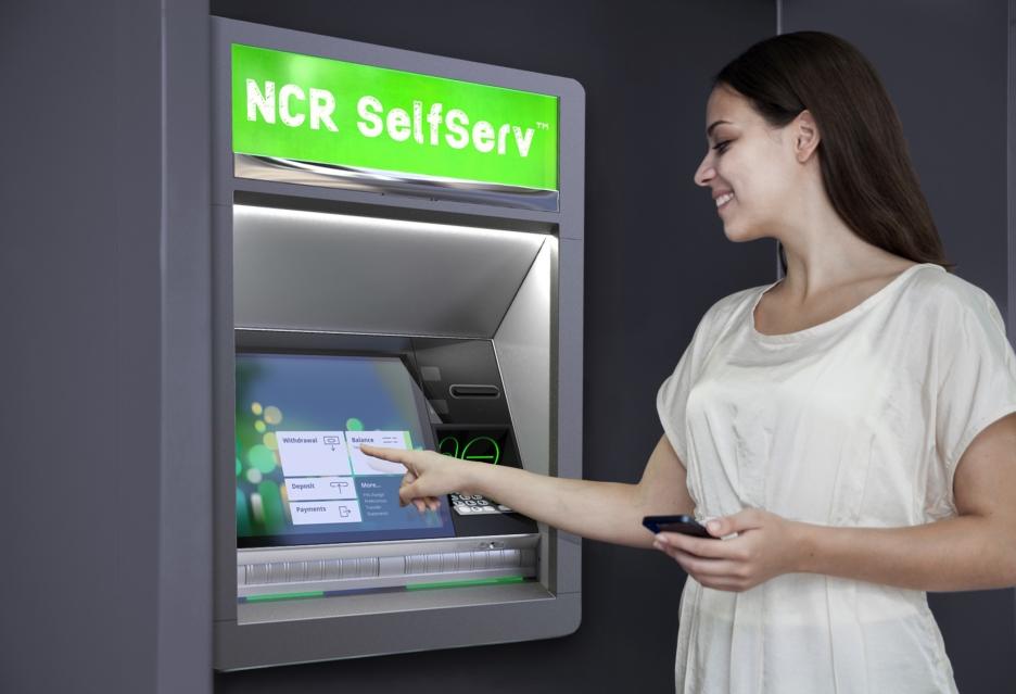 Bankowość w bankomacie jak w oddziale lub komputerze - platforma NCR Connections