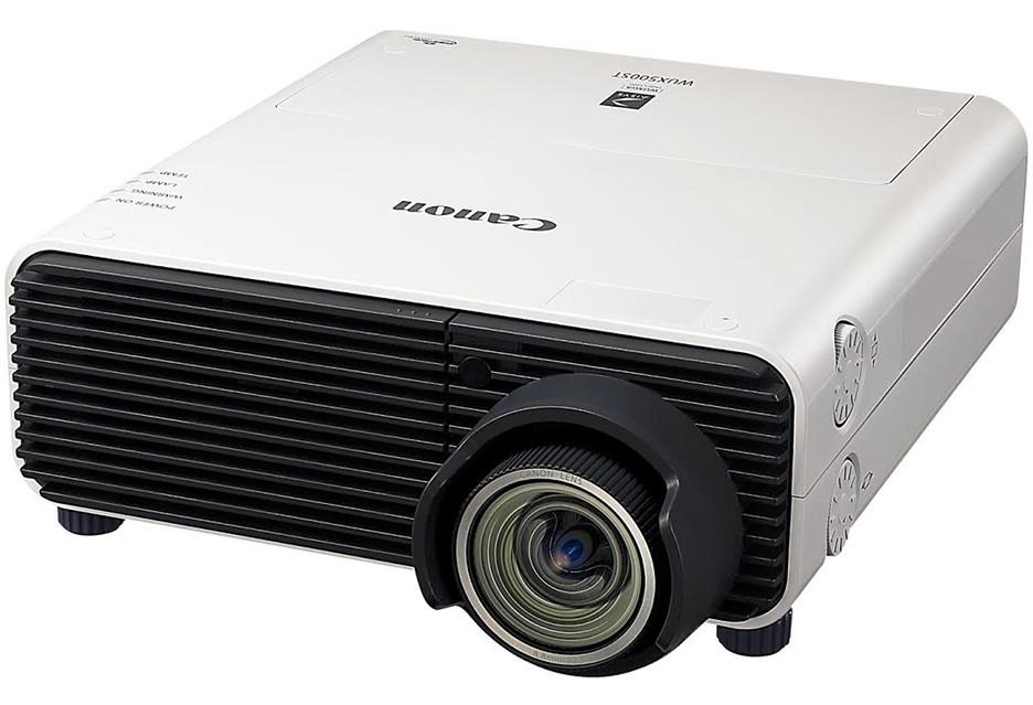 Krótki rzut, wysoka rozdzielczość - projektor Canon XEED WUX500ST