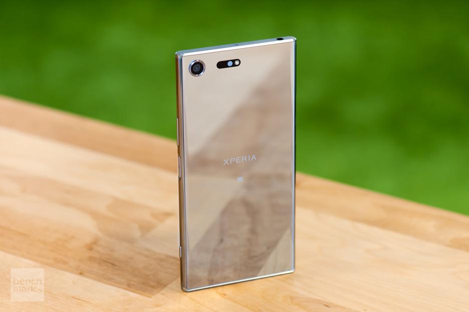Sony Xperia XZ Premium – lustereczko powiedz przecie... | zdjęcie 1