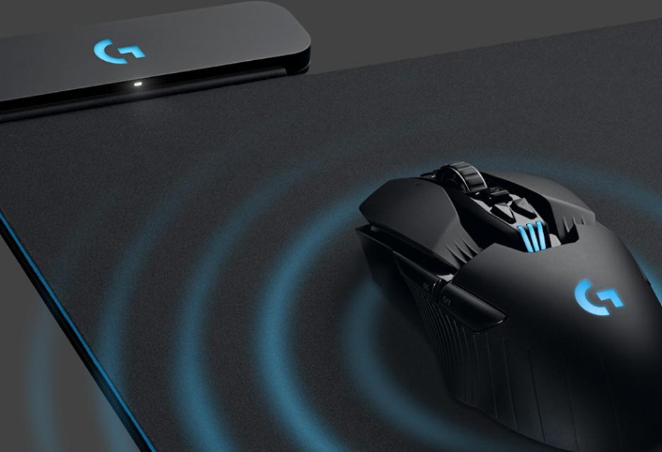 To, co najlepsze w myszce przewodowej i bezprzewodowej - Logitech G Powerplay