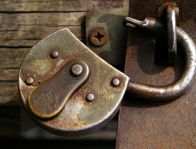 9 na 10 firm nie zamyka furtek do swoich systemów