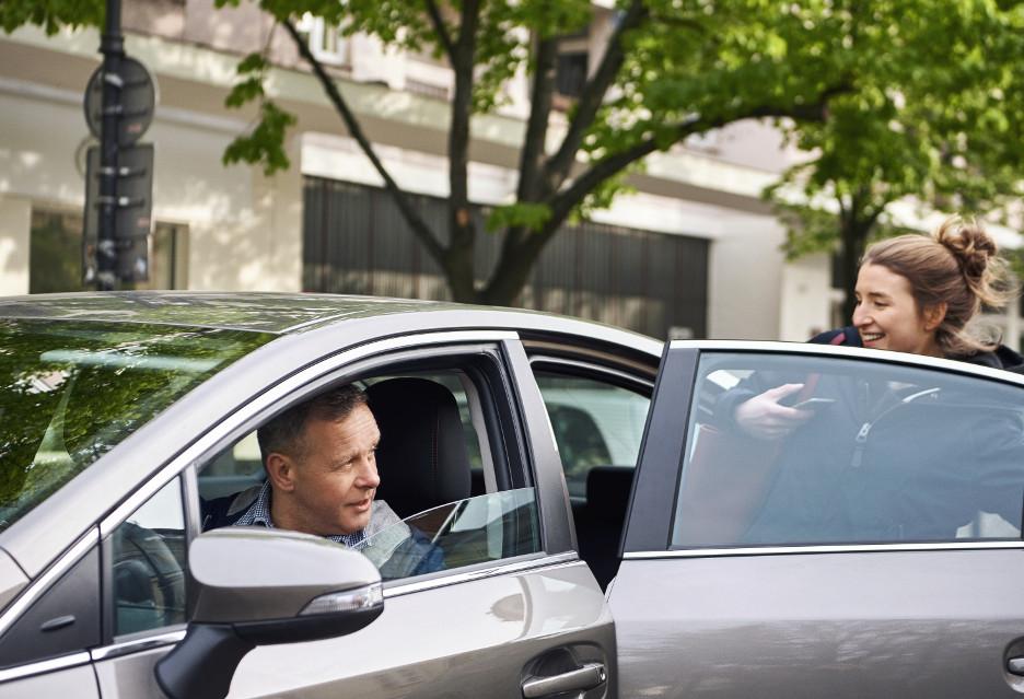 Uber z przystankami, czatem i… człowiekiem od Firefoksa