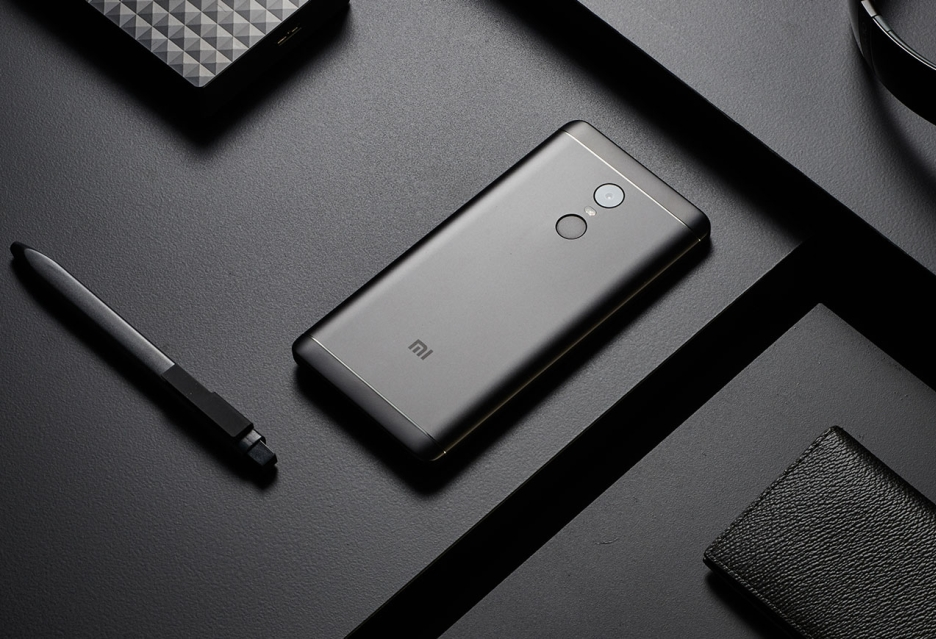 Smartfony, tablety i laptopy w promocji Lightinthebox