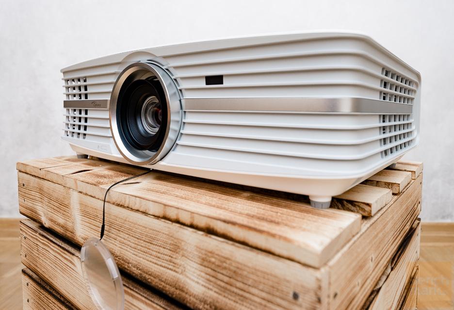 Optoma UHD550X - czy 4K z projektora może być tanie? | zdjęcie 1