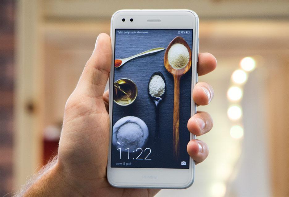 Huawei P9 Lite Mini - niska cena, a jakość naprawdę dobra | zdjęcie 2