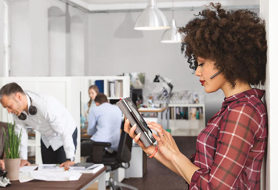 Milenialsi chcą mobilnych i nowoczesnych miejsc pracy