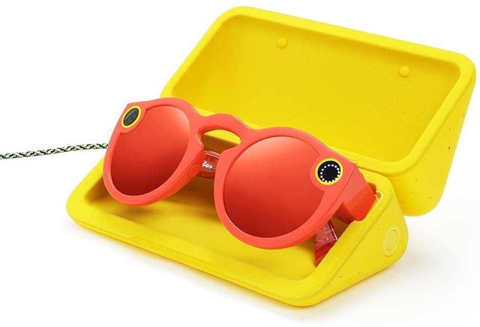Okulary Spectacles sprzedają się świetnie, więc Snap zapowiada więcej sprzętu