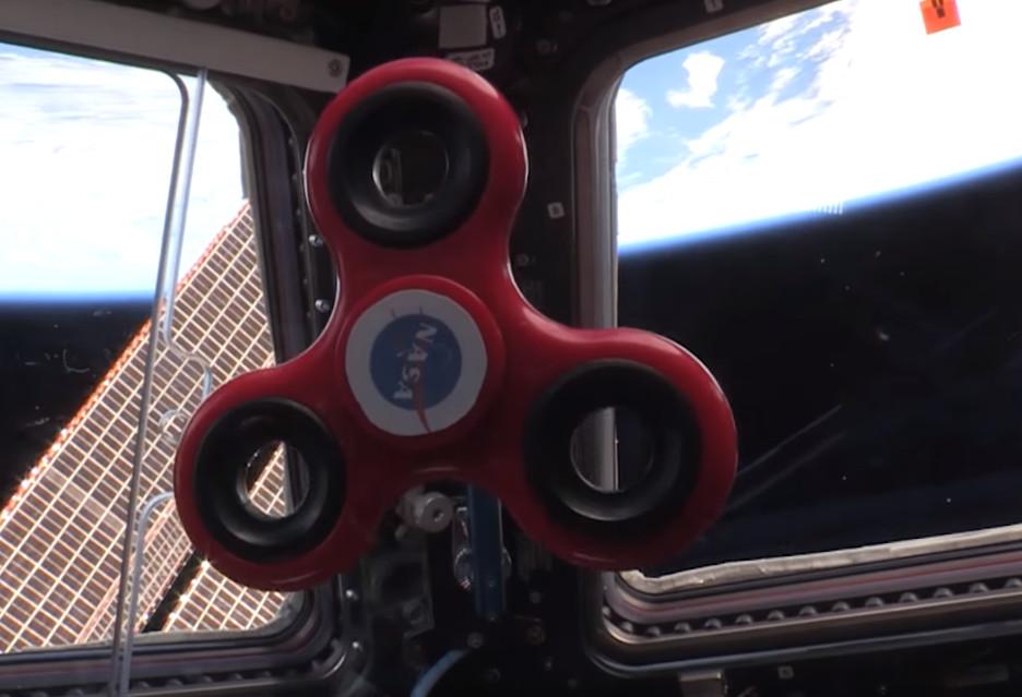 Fidget spinner na Międzynarodowej Stacji Kosmicznej