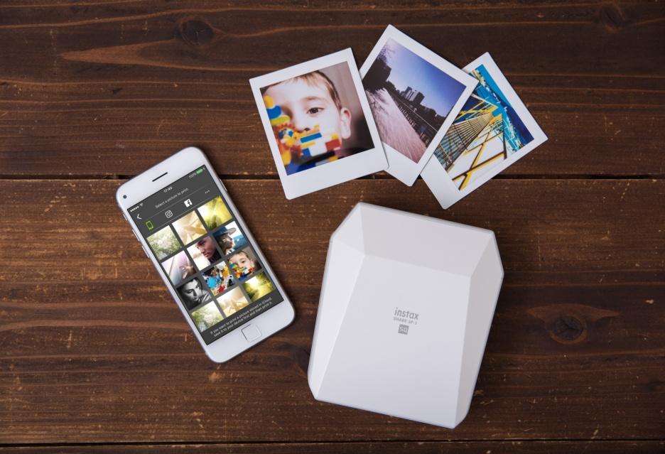 Fujifilm instax Share SP-3: kwadratowe odbitki zdjęć na papierze natychmiastowym