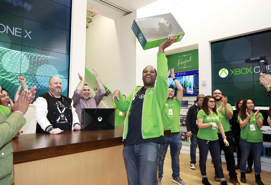 Xbox One X już w sprzedaży - najpotężniejsza konsola na świecie
