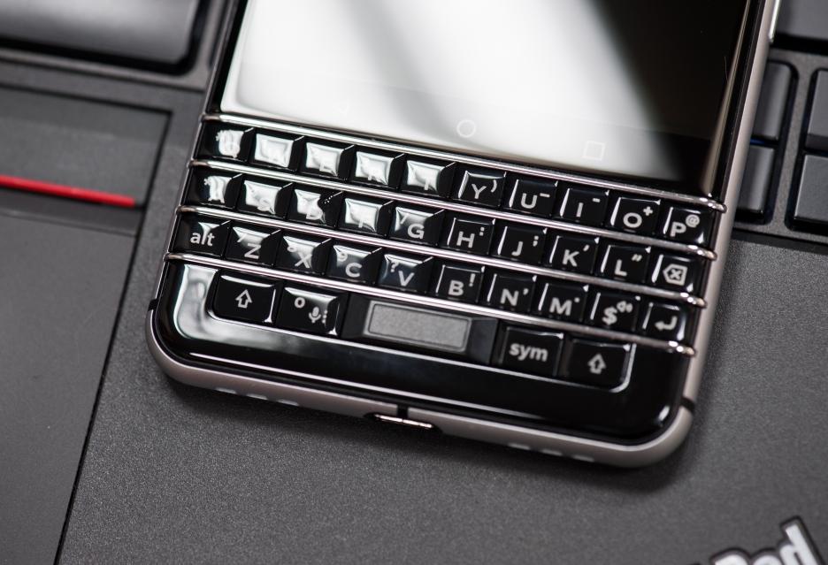 BlackBerry KEYone - powrót sprzętowej klawiatury | zdjęcie 2