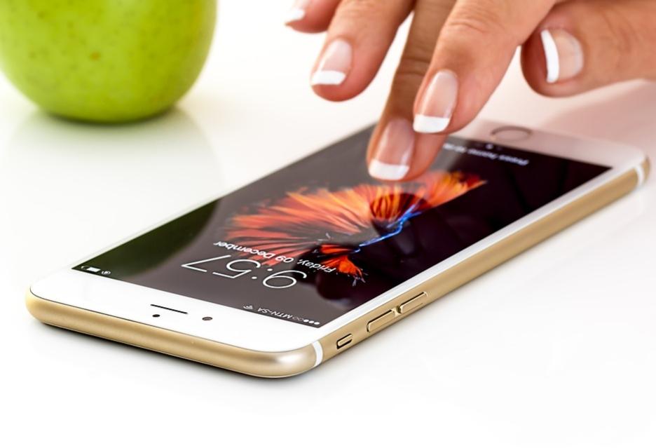 Meltdown i Spectre groźne także dla smartfonów i tabletów Apple