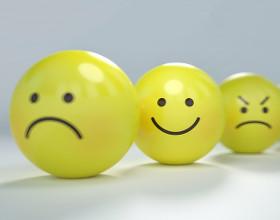 Im więcej emoji, tym mniej emocji