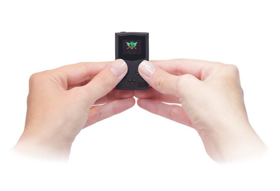 GameBoy jako brelok do kluczy - pomysł ciekawy, to i zbiórka idzie świetnie