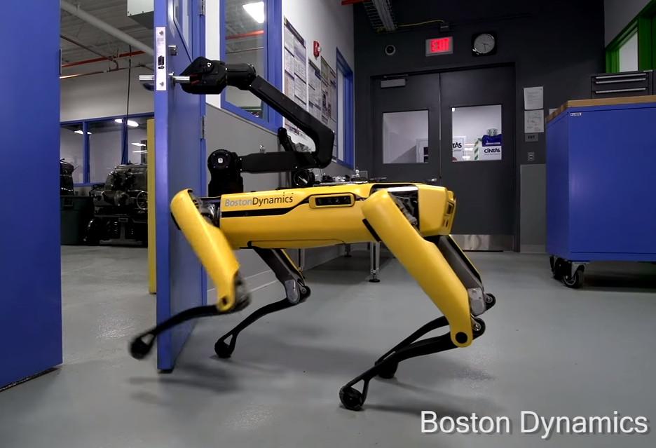 Pomagające sobie roboty, czyli nowy film od Boston Dynamics