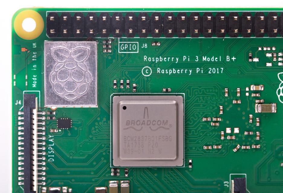 Nowe Raspberry Pi 3 B+ z dwuzakresowym WiFi i Bluetooth 4.2