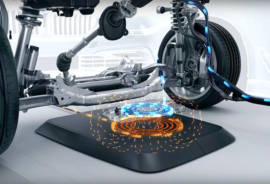 Samochody ładowane bezprzewodowo - BMW zwiastuje ich szybkie nadejście